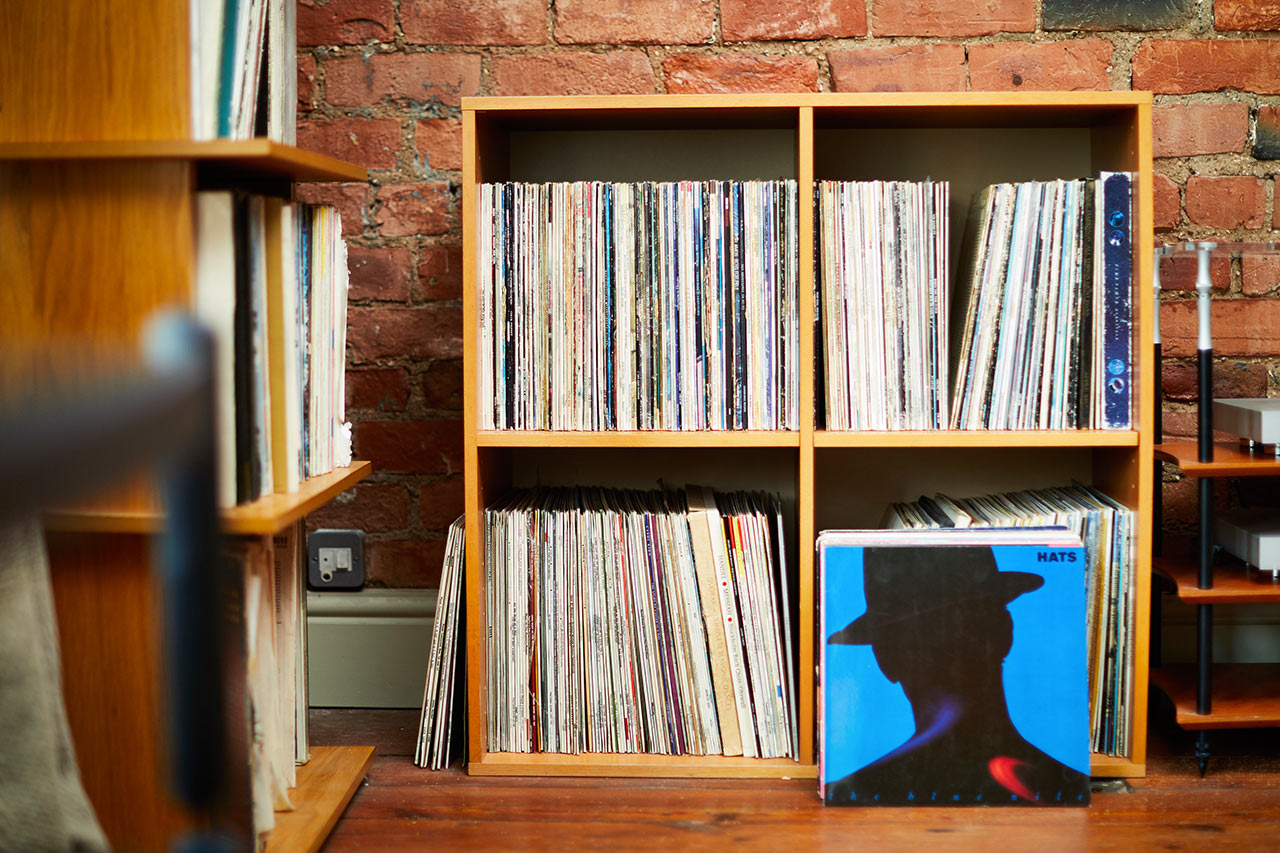 Front Listening room records